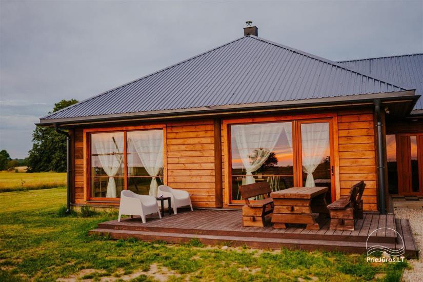 Poilsio namai Salas ir kempingas  Laukbaloži Jūrkalnėje - 1