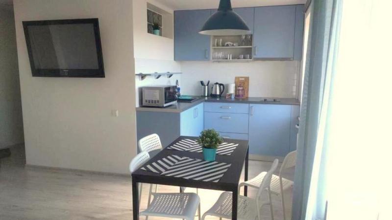 Naujai, moderniai įrengtas 2 kambarių butas Petera pačiame centre