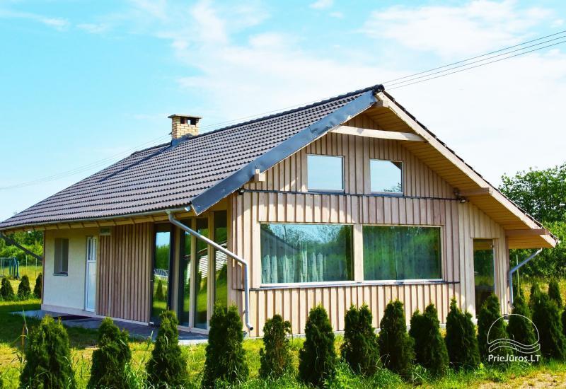 4 ir 6 vietų Nameliai Bernati miestelyje Liepojos rajone PITER HOUSE ir Country