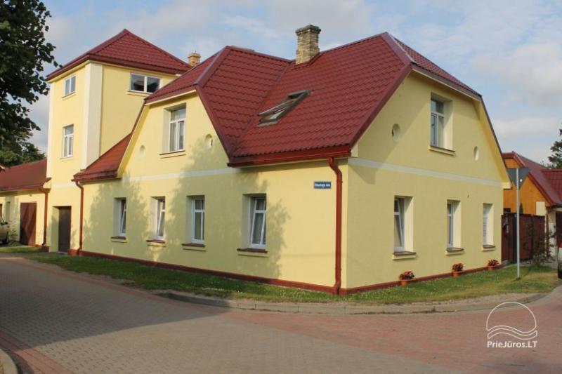 Apartamentai svečių namuose Ventspilyje AMRAI