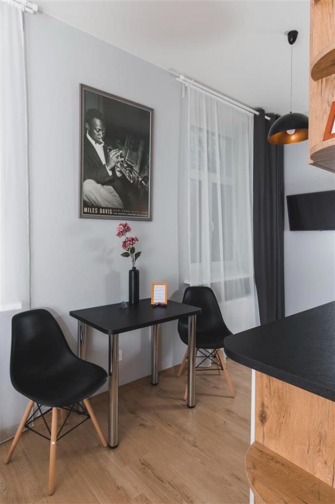 Sunset Jazz Apartment - 1