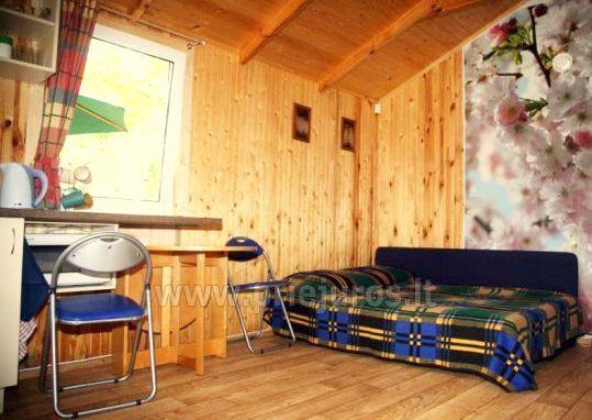 Atskiras poilsio namelis su terasa Palangoje SAULĖS NAMELIS, 200m iki jūros!