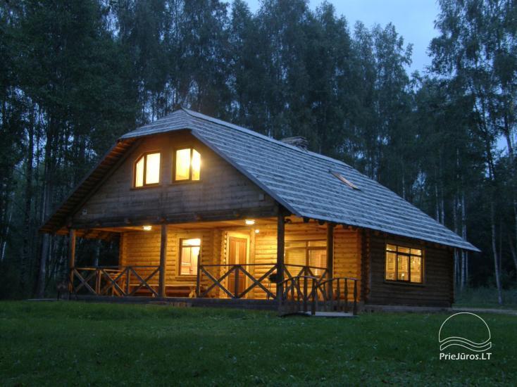Kempingas Muižnieki Latvijoje prie ežero Usmas