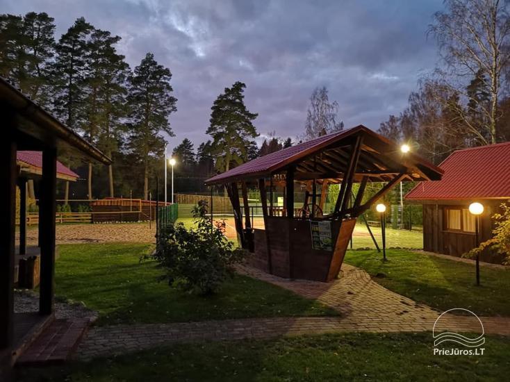 Svečių namai Vecmuiža Latvijoje: nameliai, kambariai, pirtys, kubilas - 27