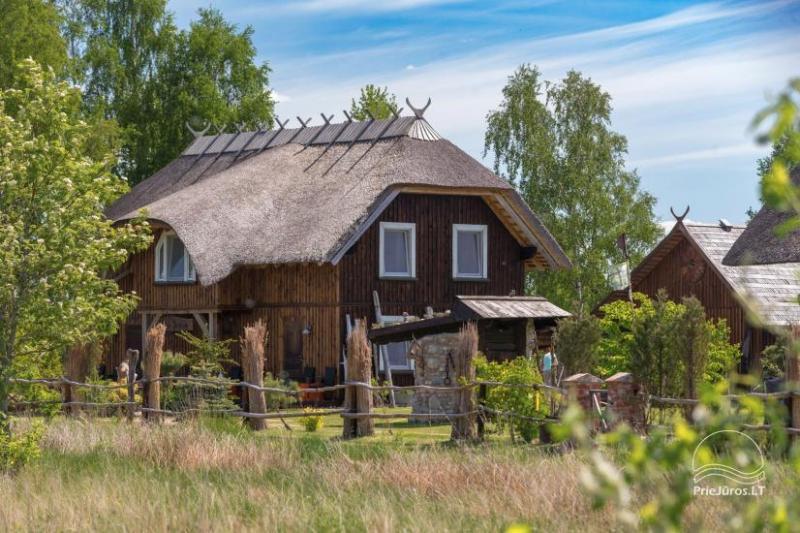 """Apartamentai svečių namuose-sodyboje """"JURGI"""" Papėje 200 m iki jūros, 300 m iki Papės ežero"""
