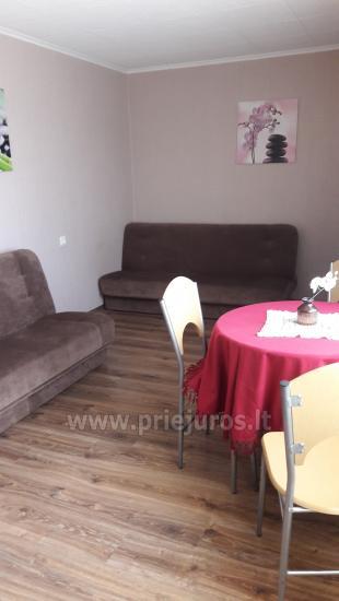Erdvus ir jaukus dviejų kambarių butas Ventspilio centre - 4