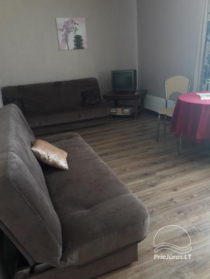 Erdvus ir jaukus dviejų kambarių butas Ventspilio centre - 3