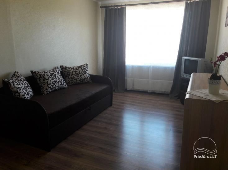 Erdvus ir jaukus dviejų kambarių butas Ventspilio centre - 1