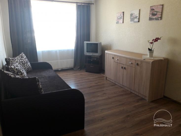 Erdvus ir jaukus dviejų kambarių butas Ventspilio centre - 2