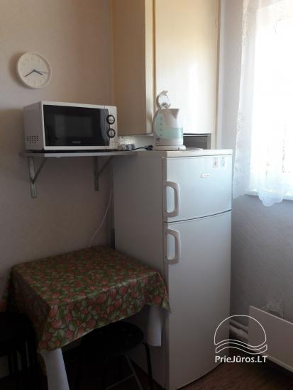 Erdvus ir jaukus dviejų kambarių butas Ventspilio centre - 7