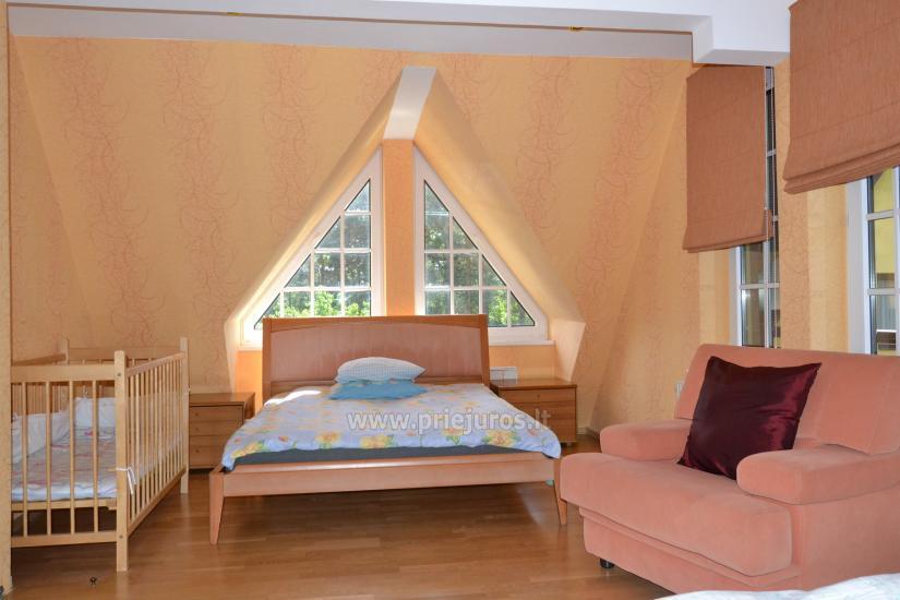 Haus mit einer Sauna und einem Trampolin in Ventspils - 8