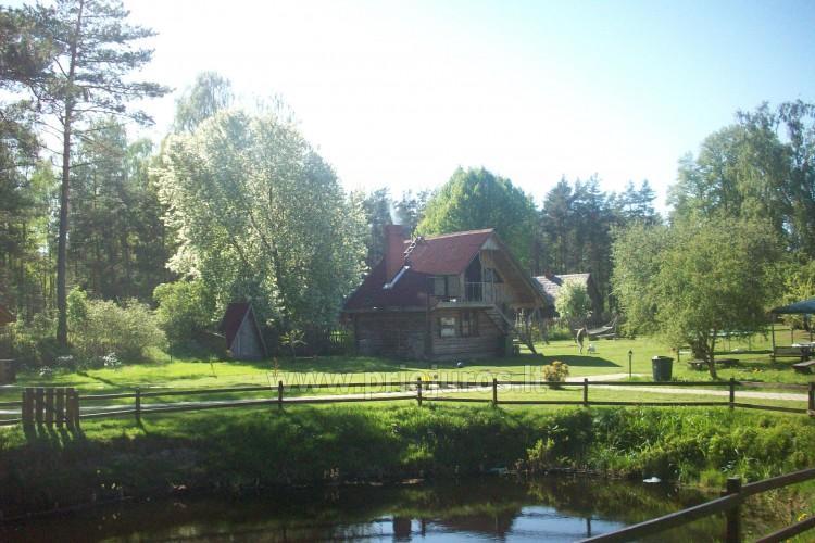 Pirtis pajūryje Latvijoje svečių namuose Klētnieki