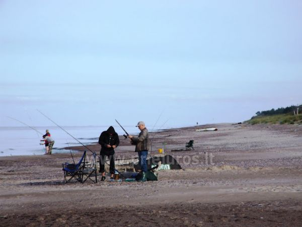 Žvejyba jūroje ir Papės ežere, valčių nuoma žvejams. Poilsio namai Aulaukio Baltija - 2